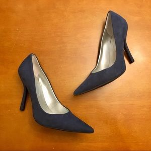 Guess Navy Suede Pointed Toe Heels (8.5)